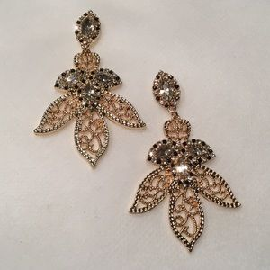 Jewelry - Filigree Leaf Earrings with Rhinestones